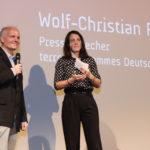 Wolf-Christian Ramm (terre des hommes) und Moderatorin Kerstin Schumann #ffos16_Foto  © www.kerstin-hehmann.de